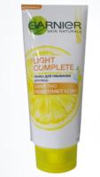 GARNIER Light Complete с чистым экстрактом лимона Пенка для умывания лица 100 мл